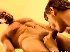 Blissful sex Twink rent little shaver Preston gets an big penetrate when a